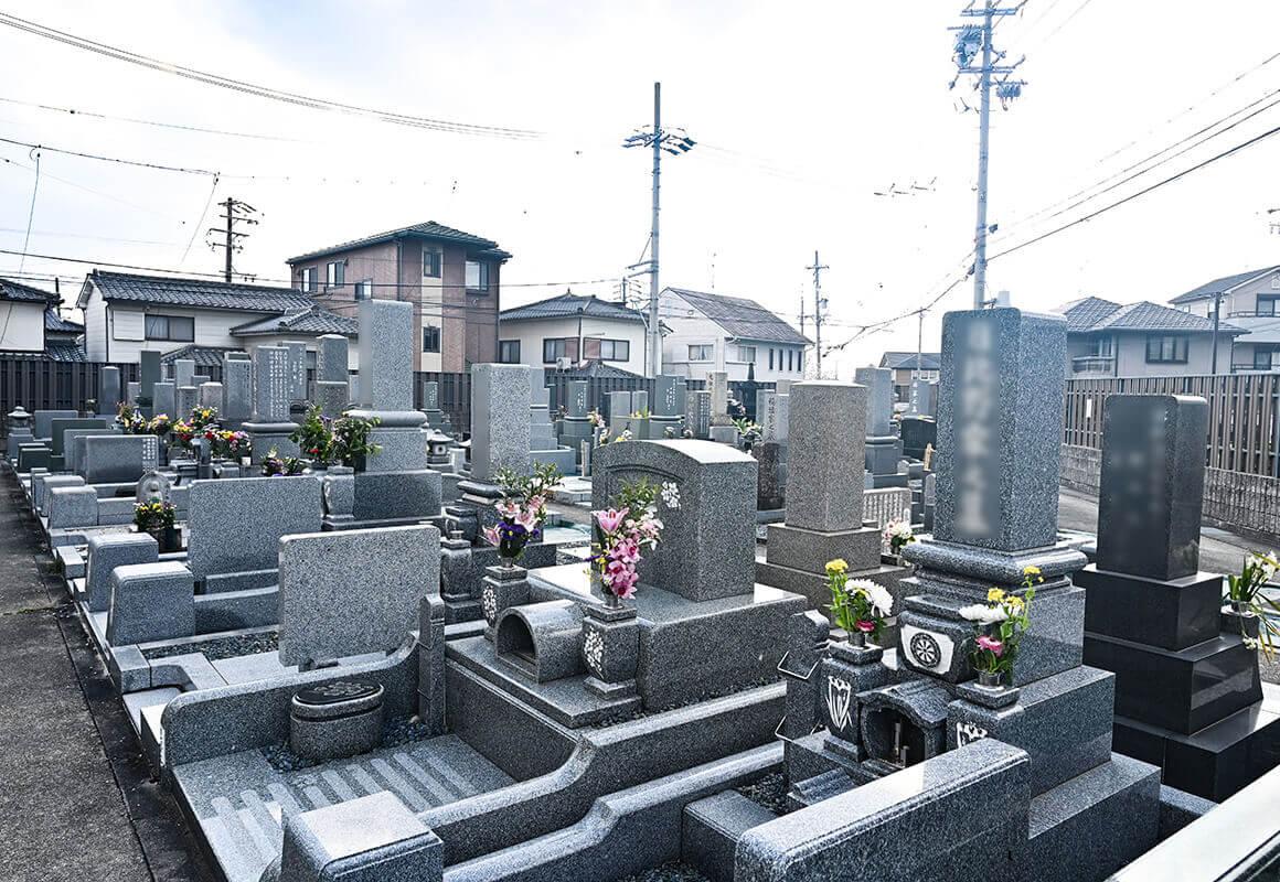 蓮蔵院墓地について